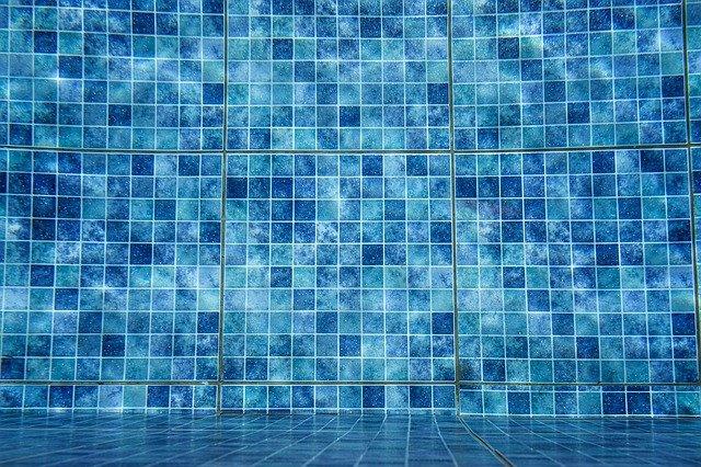 איך לאטום כראוי בריכות שחייה?
